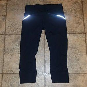 Athleta sz x-small crop leggings black